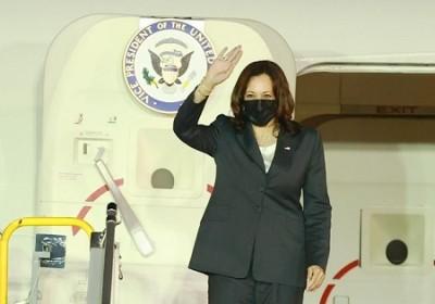 美国副总统卡玛拉·哈里斯开始对越南进行访问