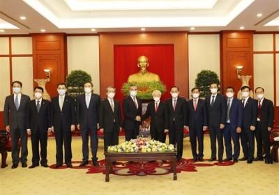 越共中央總書記阮富仲會見中國國務委員兼外交部長王毅